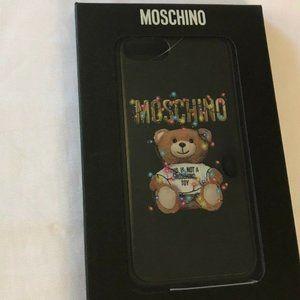 SS19 HOLIDAY CHRISTMAS TEDDY BEAR CASE FOR iPhone8